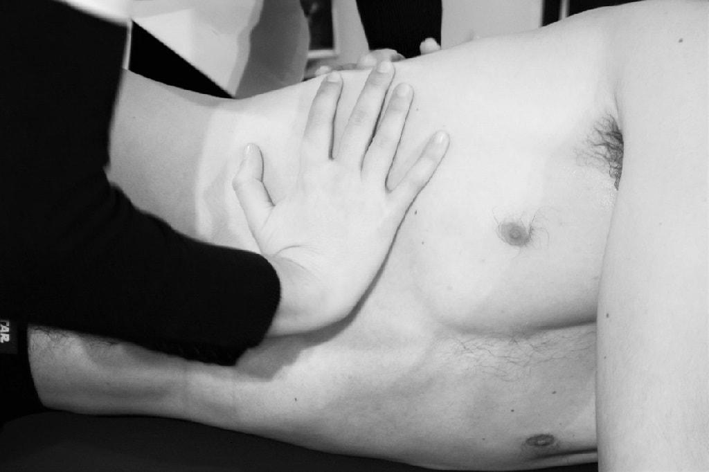 côtes-manipulation-ostéopathe-Bondy